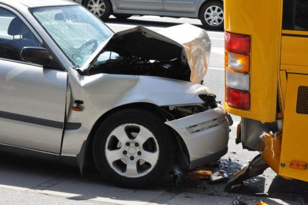 Høj fart koster liv på vejene