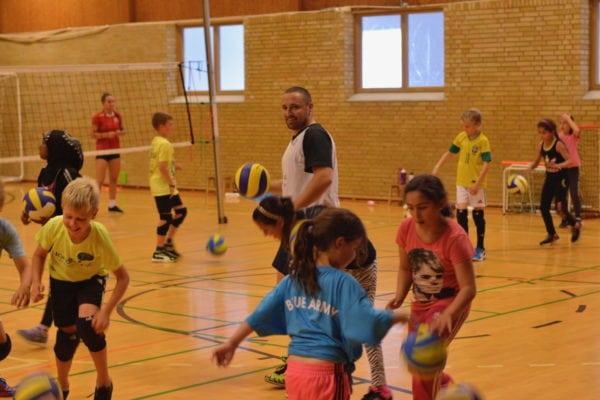 Masser af volley for unge