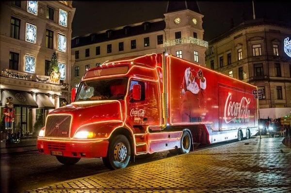 Coca-Cola Julelastbilen besøger Slagelse