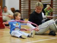 Træning i idrætshal. Foto: Slagelse Kommune.