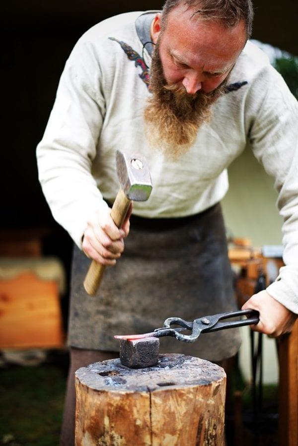 Mød smeden fra vikingetiden på Trelleborg
